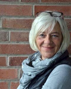 Frau Hübner, Küchenkraft